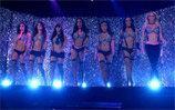 X - Burlesque topless show dentro del Flamingo